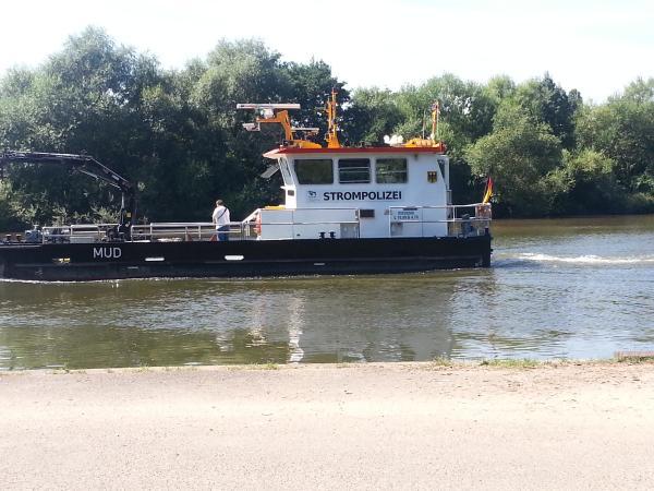 Schiffe auf dem Main in Aschaffenburg
